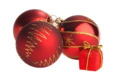 Bulbos rojos de la Navidad con el actual rectángulo minúsculo Imagenes de archivo
