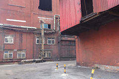 bulding被放弃的工厂 免版税库存照片