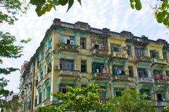Bulding en estilo colonial en Yangon, Myanmar Fotografía de archivo libre de regalías