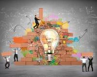 Bulding una nuova idea creativa Immagine Stock
