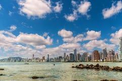 Buldings durch das Meer Lizenzfreies Stockfoto