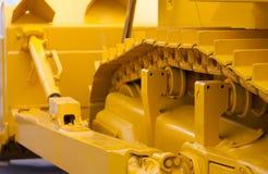 Buldozer amarillo grande de la pista Imagen de archivo libre de regalías