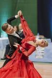 Buldyk Sergey y demostración de la danza de Raiko Alena Perform Adult Show Case durante el campeonato nacional Fotografía de archivo