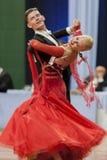 Buldyk Sergey y demostración de la danza de Raiko Alena Perform Adult Show Case durante el campeonato nacional Imágenes de archivo libres de regalías