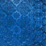 Bule在经典样式的样式玻璃 库存照片