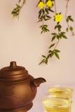 Bule de Chinse e copos do chá Imagem de Stock Royalty Free