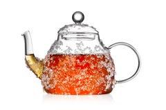 Bule transparente com chá de gelo imagem de stock