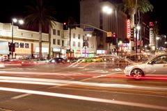 Bulevar de Hollywood e de montanhas imagem de stock royalty free
