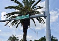 Bulevar de la playa en la Florida, Virginia Beach, Santa Monica o California imagenes de archivo