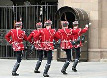 Bulgaarse Koninklijke Militairen Maart in het Kapitaal stock afbeelding