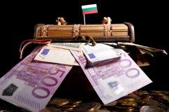 Bulgaarse vlag bovenop krat Stock Fotografie
