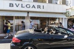 Bulgari shoppar i Puerto Banus, Andalusia, Spanien Royaltyfri Fotografi