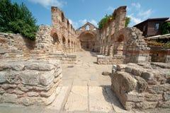 Bulgarien. Fördärvar av den forntida domkyrkan i Nessebar Arkivfoto