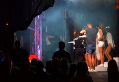 Bulgarisk pop-folk konsert i kulisserna Royaltyfri Fotografi