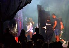 Bulgarisk pop-folk konsertplats i kulisserna Royaltyfri Bild