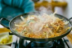Bulgogi est un plat coréen qui se compose habituellement de la viande marinée grillée photos libres de droits