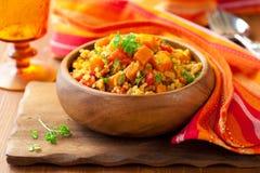 Bulgur avec des légumes image stock