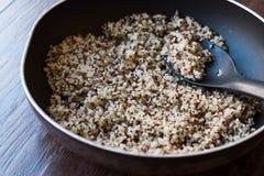 Bulgur Chia Food Mix della quinoa in pentola/alimento della fibra Immagine Stock Libera da Diritti