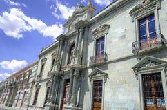 Bulidng van het Wetenschapsinstituut in Oaxaca stock foto's