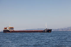 Bulk-carrier ship in the sea Royalty Free Stock Photography