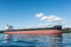 Bulker na âncora em Elliott Bay Fotografia de Stock Royalty Free