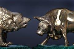 Bull y oso de Wall Street. Imagen de archivo libre de regalías