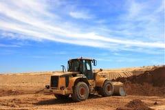 Bulldozer giallo a costruzione Dezert Chanel Immagine Stock