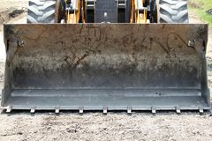 Bulldozer på vägkonstruktion Royaltyfria Bilder
