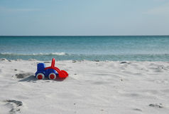 Bulldozer sulla spiaggia Fotografia Stock