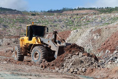 The bulldozer working In coal mines Royalty Free Stock Photos