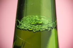 Bulle de fond de rose de bière Photographie stock