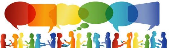 Bulle de la parole Communication entre le grand groupe de personnes qui parlent Parler de foule Communiquez la mise en r?seau soc illustration stock