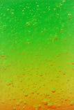 Bulles d'air congelés en gelée colorée images libres de droits