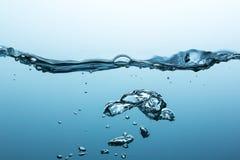 Bulles d'air dans l'eau Image libre de droits