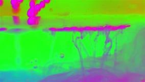 Bulles d'encre dans l'eau banque de vidéos