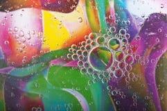 Bulles de l'eau de couleur Image libre de droits