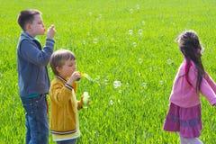 Bulles de soufflement Photo stock