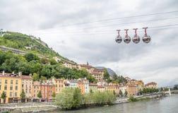 """Bulles di Les della cabina di funivia delle Grenoble-Bastille aka """"inglesi: le bolle, collega il centro urbano con le Bastille, fotografie stock"""