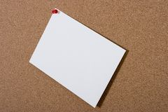 Bulletin board with blank card Royalty Free Stock Photos