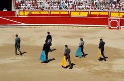 bullfightingfestivalen frigör sanfermines Arkivbild