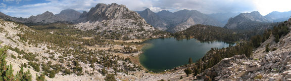 Bullfrog lake panorama Stock Images