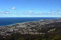 Bulli海滩和沿海看法从Bulli监视 免版税图库摄影
