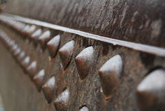 Bulloni su vecchia attrezzatura mineraria Immagini Stock