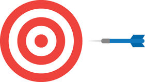 Bullseye με το βέλος Στοκ φωτογραφίες με δικαίωμα ελεύθερης χρήσης