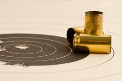 bullseye στόχος πυροβόλων όπλων στοκ εικόνες με δικαίωμα ελεύθερης χρήσης