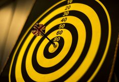 Bullseye score on a dartboard Royalty Free Stock Photos