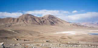 Bulunkul, Tayikistán: Hermosa vista en Pamir Tayikistán foto de archivo
