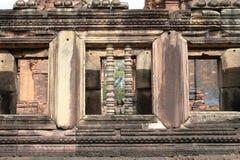 Bulustre specificerar på Phanom ringde tempelet i Buriram Thailand Royaltyfri Fotografi