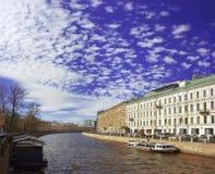 Bulwar Fontanka rzeka w świętym Petersbu Fotografia Royalty Free