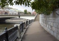 Bulwar Moskwa rzeka Zdjęcia Stock